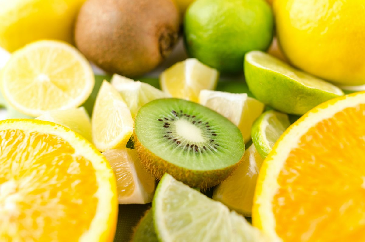 citrus fruits in yellow and green