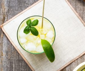 lime ginger spritzer drink