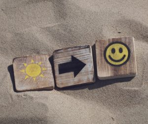 blocks that say sunshine, arrow, smiley face