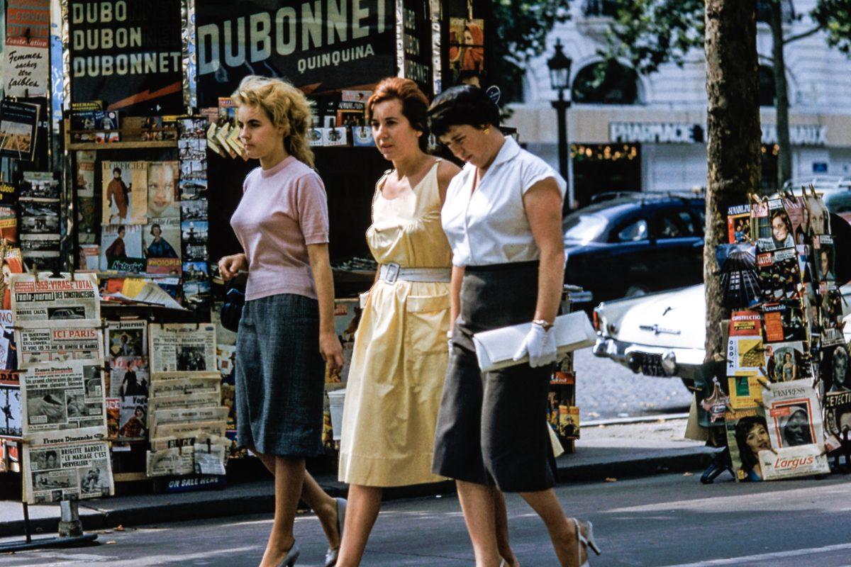 retro women walking down the street