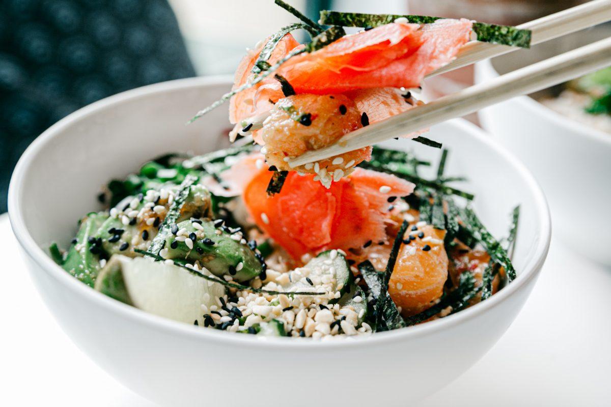 bowl of seaweed and salmon salad